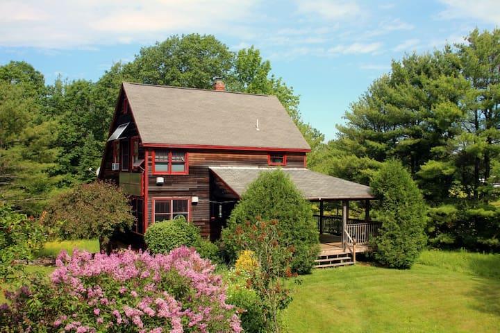Renewable rural retreat