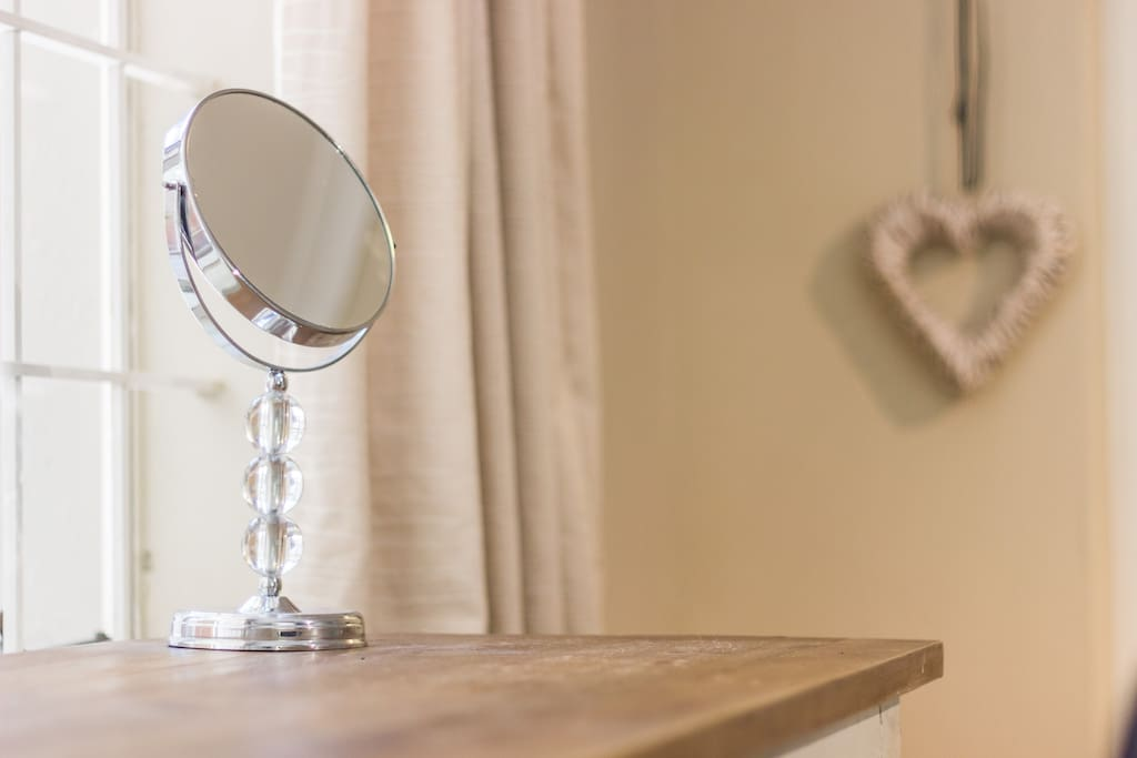 Mirror and wall ornament...
