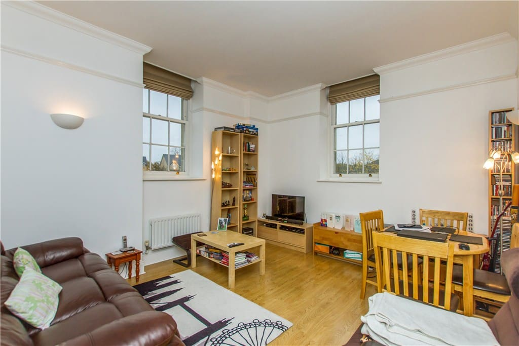 Spacious sitting room with DVD player, access to DVD's, and books so you can kick back and relax and enjoy your stay!