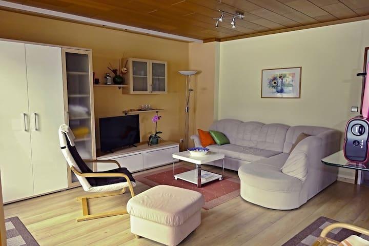 Wohnzimmer Bergblick