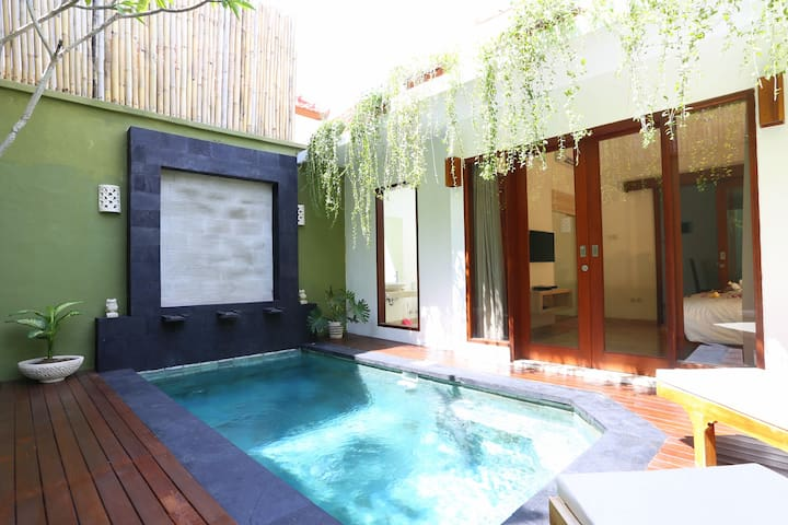 1BR Private Pool Villa + Free #floatingbreakfast