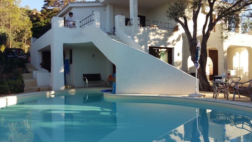 Private bedroom 5 min walk to the beach - Torre Delle Stelle (Maracalagonis) - Villa