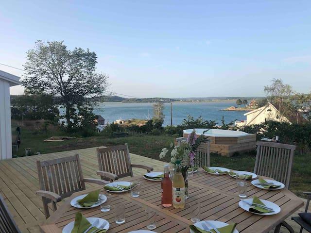Charming house with Sea view & mini-spa on Island