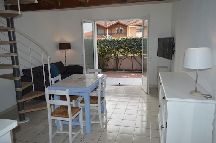 Maison de charme 100m Océan, 2 chambres - Biscarrosse - House
