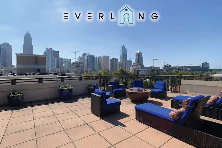 Be in the center of it all!-Walk everywhere UPTOWN! City views, private patio!