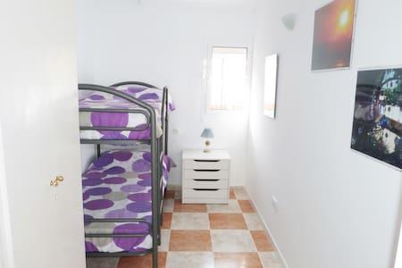 Tu habitación Privada en Fuengirola Centro - Hus