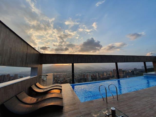 Poblado-ENERGY/JACUZZI/Double Balcony /City View