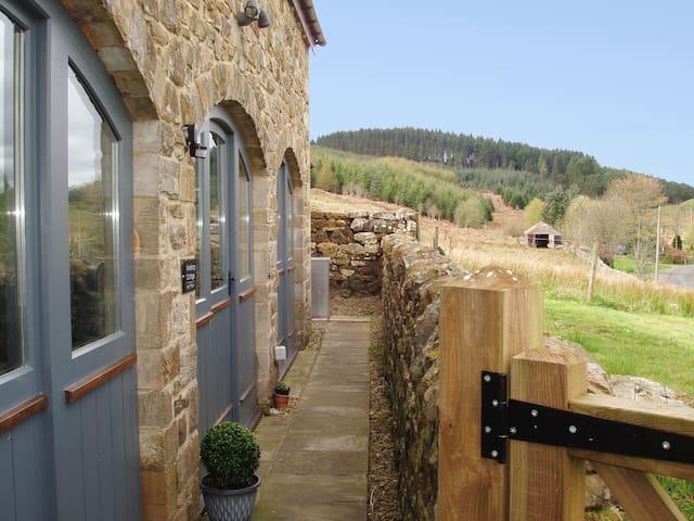 Workshop Cottage (CC334078)