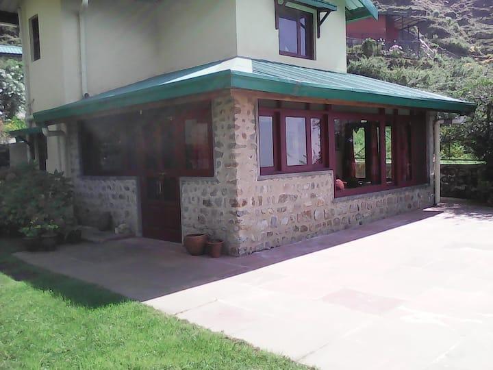 Ty Melenn Cottage.