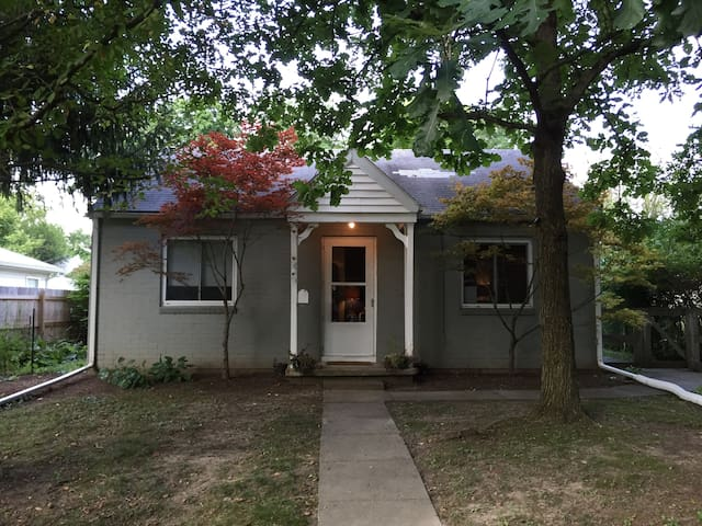 Yellow Springs hip 2 bedroom! - Yellow Springs - House