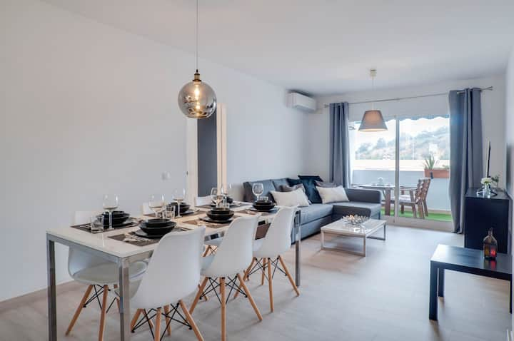 Designer Flat La Cala, beach 175m, best location