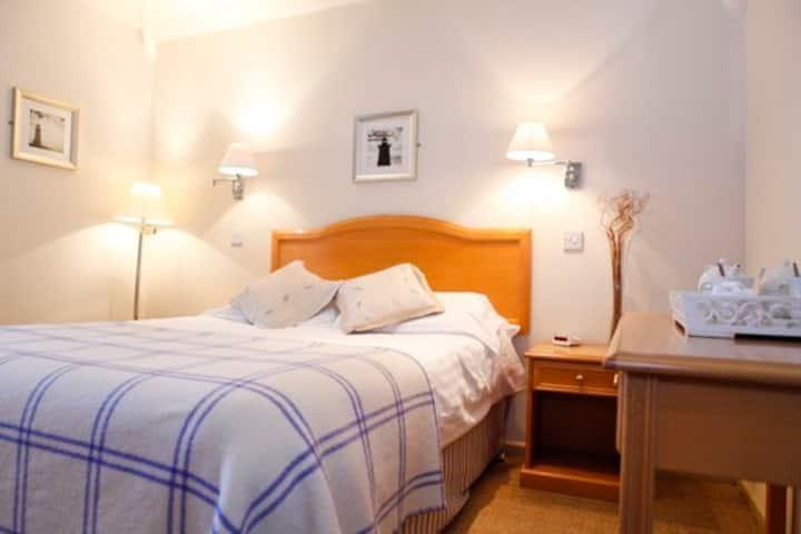 Room 5 at the Glendorgal Hotel