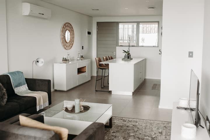 414 Pebble Beach Luxury Apartment with Sea Views