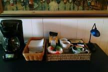 Coffee/tea bar.