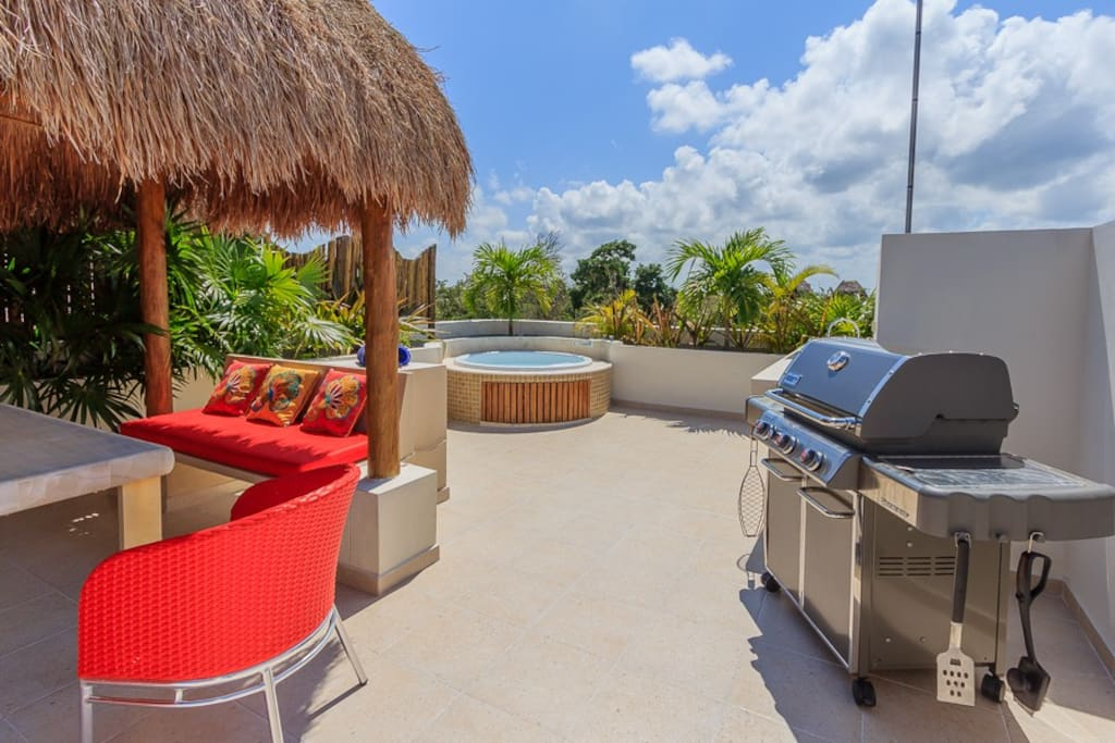 Private rooftop patio with palapa, jacuzzi and grill