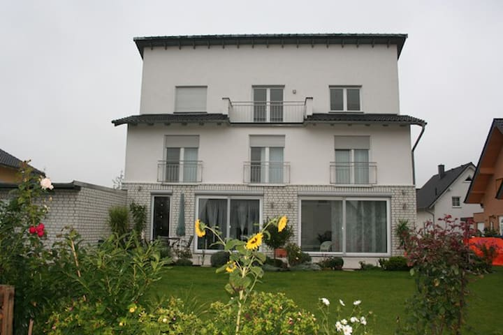 Pension Lamme - Braunschweig - บ้าน