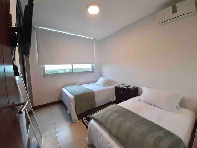 Dormitorio 2 vista panorámica (cama individual y sofá cama)
