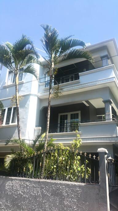 Facade Residence