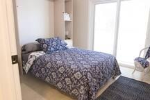 Deep Blue Room (Murphy Bed down)