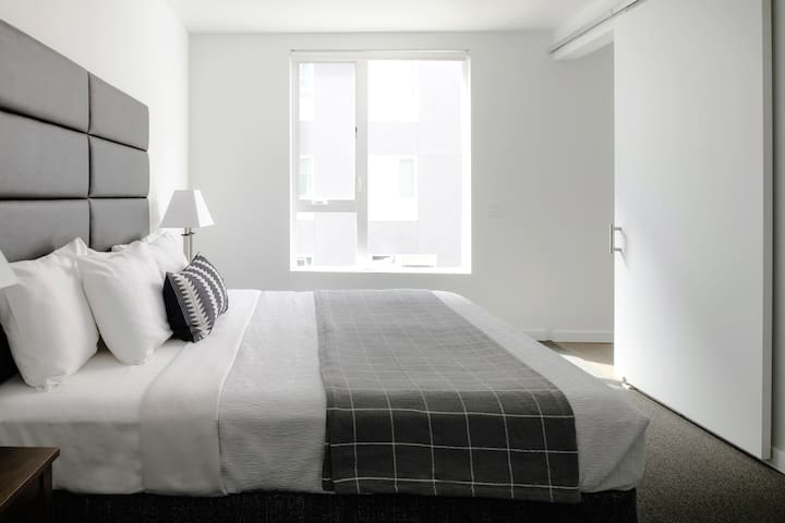 Gorgeous 1 Bed at The Fowler