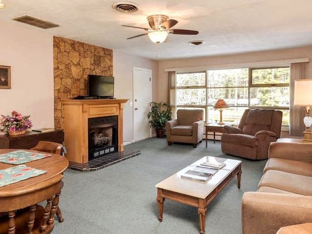 Mill House Lodge - Adjoining Room: Exec Suite + Hotel