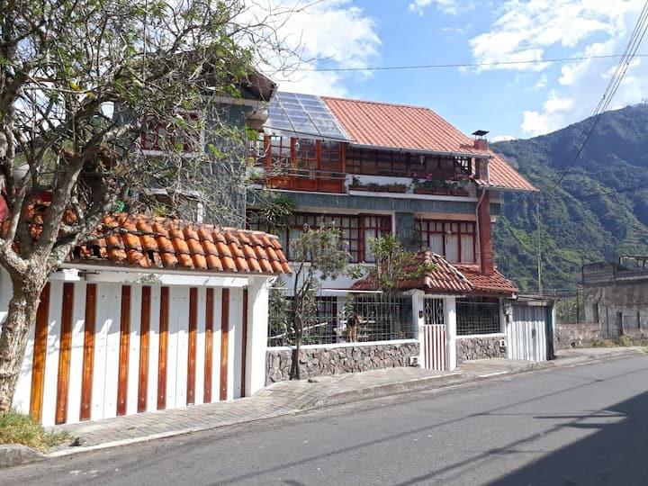 Casa Zumbana: 2 obere Etagen, Kamin, 2 Balkone