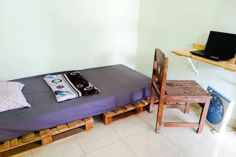 Kamar minimalis sederhana