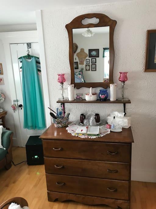 Closet and Dresser guest item Mt. View