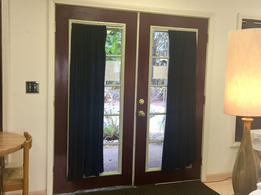 Double door entrance. Both doors can be opened when extra space is needed.