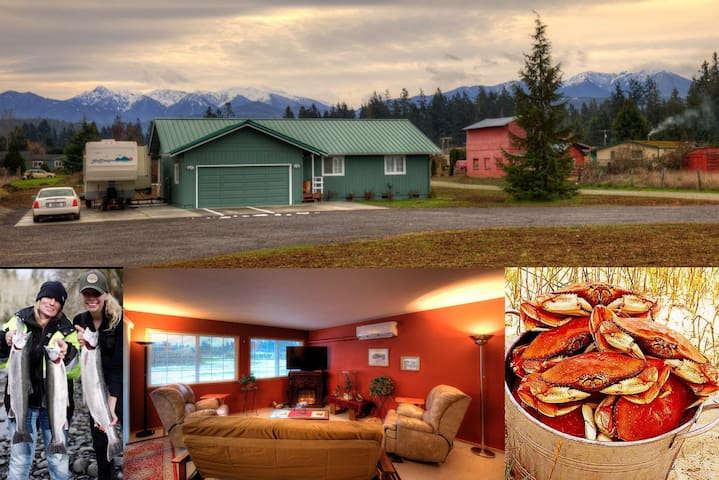Super access to Sequim and all the Olympic Peninsula has to offer.