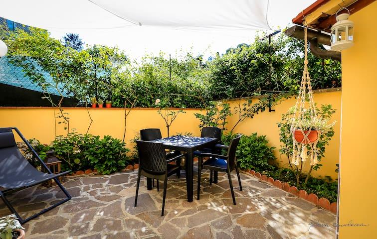 San Miniato garden -Le jardin de fleurs