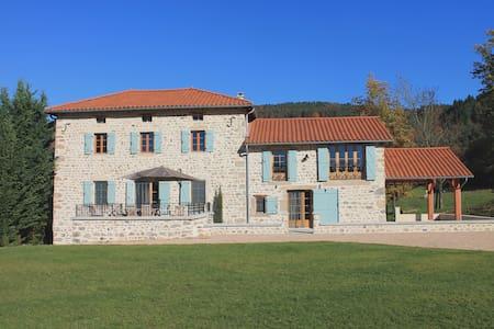 Maison de Serville