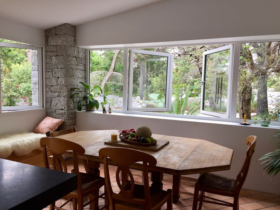 Double Glazed windows throughout the entire house with stone features and fantastic Alfresco dining. Loads of light and luxury!