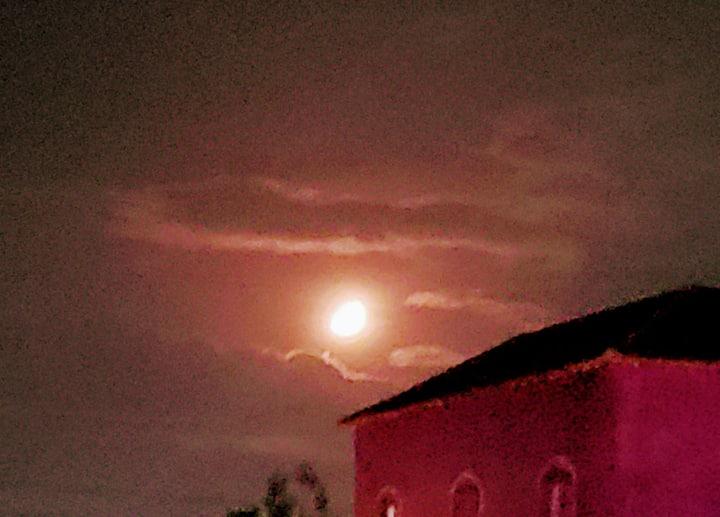 Casa  calor do sol,brilho da lua e cheiro do mar
