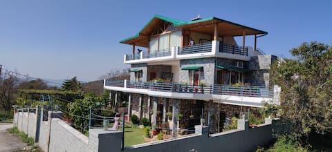 Buena Vista Villa: Next to Nature