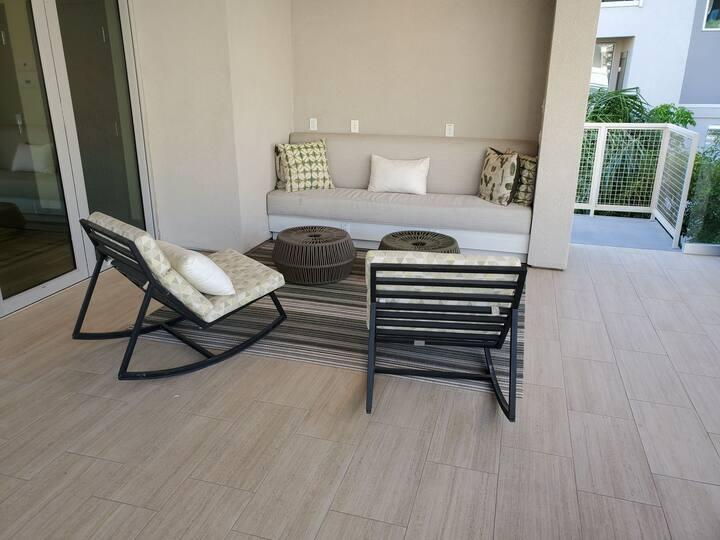 Modern North Scottsdale Getaway | 2BR | 2BT | GAR