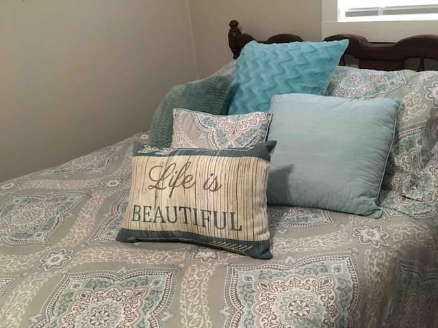 Plush inviting full/double bed for you comfortable stay!