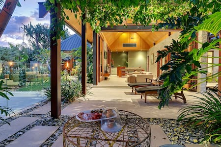 Bali Inspired Villa with Plunge Pool