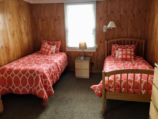 Lovely and Private Room in Shared Beach House. - Ocean Beach - Haus