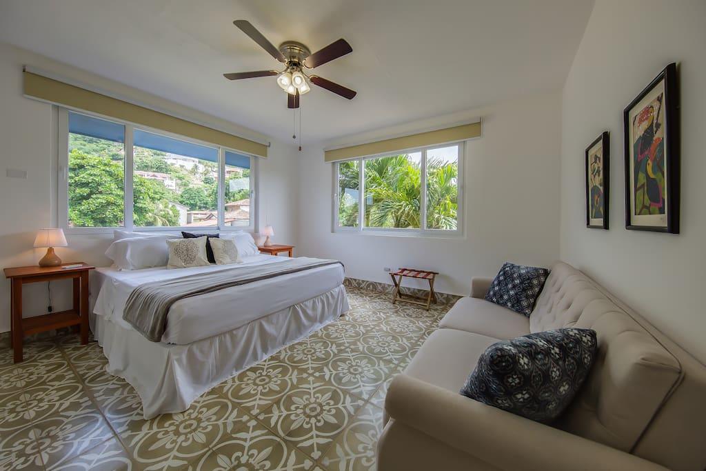 Elementos del Sur, 2nd Floor Guest Suite