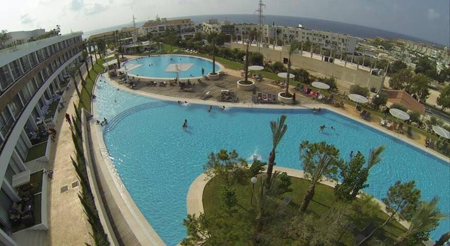 Lovely Chalet in a 5 Star Resort (Las Salinas 1)