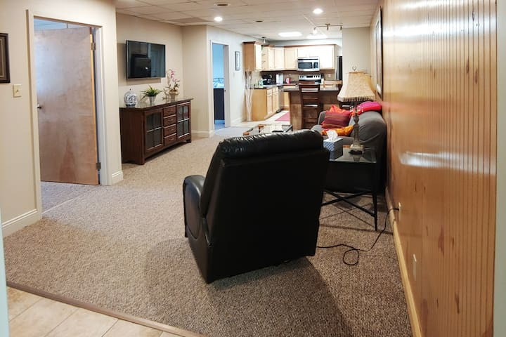 Large two bedroom apartment in South Hills