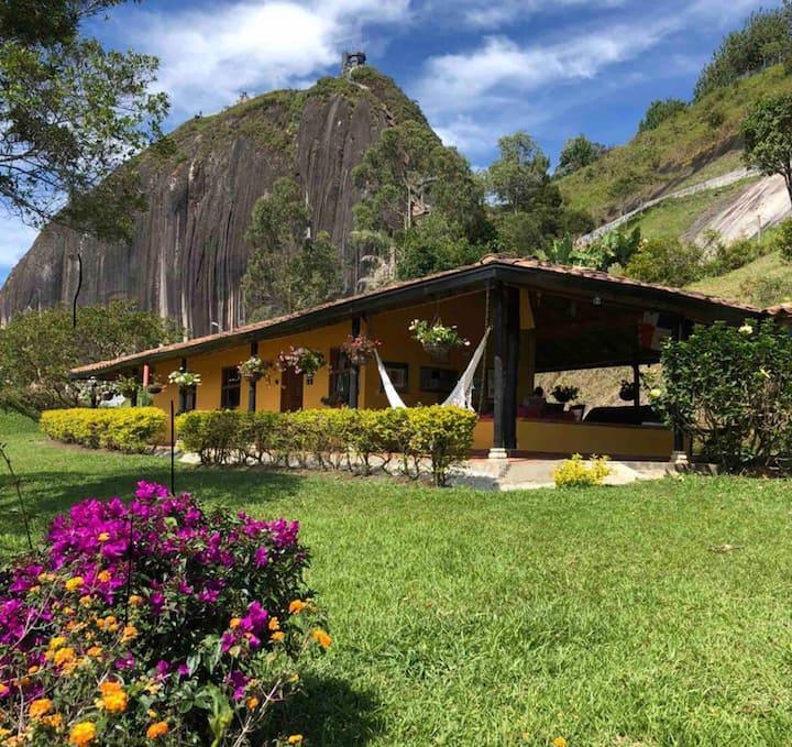 Habitación para 2 personas al lado de Piedra Peñol