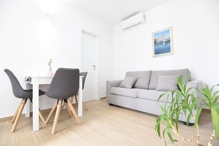 New modern apartment with free parking place 1
