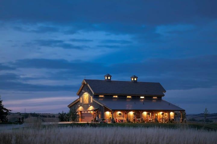 Country Barn Living
