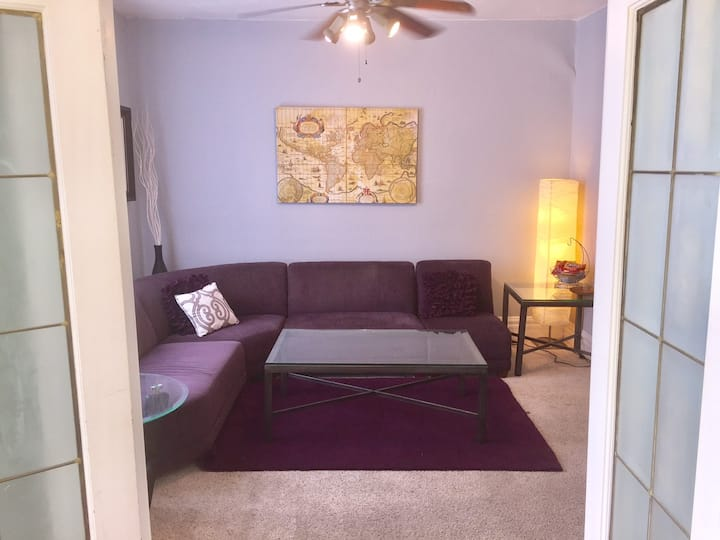 30 Day Minimum 1 Bed 1 Bath in Baker Neighborhood
