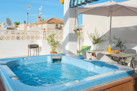 Private Hot Tub and communal pools - Orihuela - Villa
