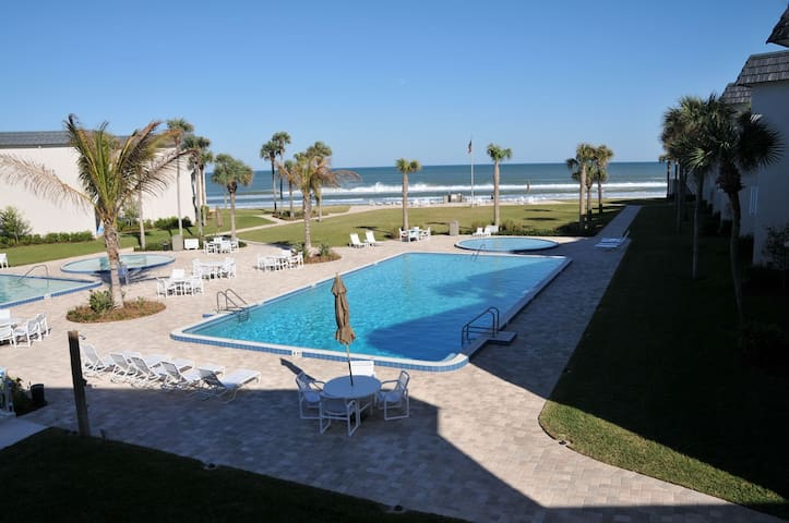 best beach condo - New Smyrna Beach - Apartment