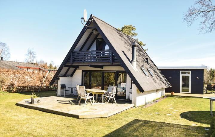 Familievenligt sommerhus ved Øster Hurup