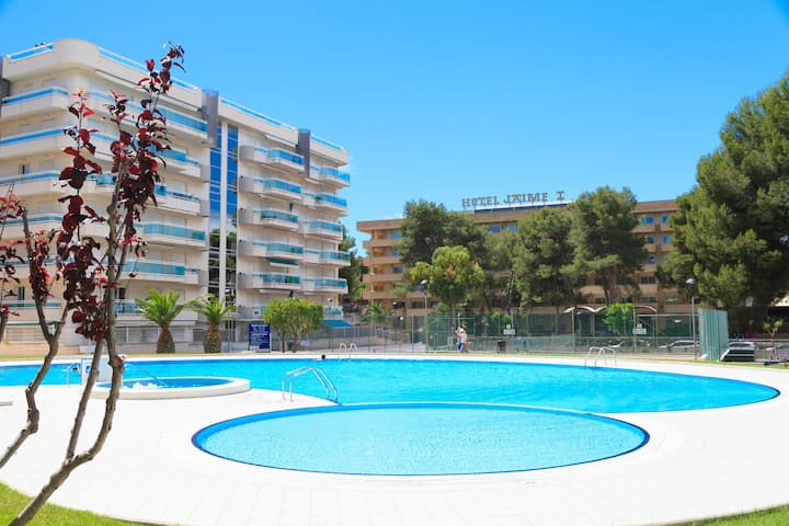 Spacious Apartment in a Great Family Complex UHC LARIMAR 136